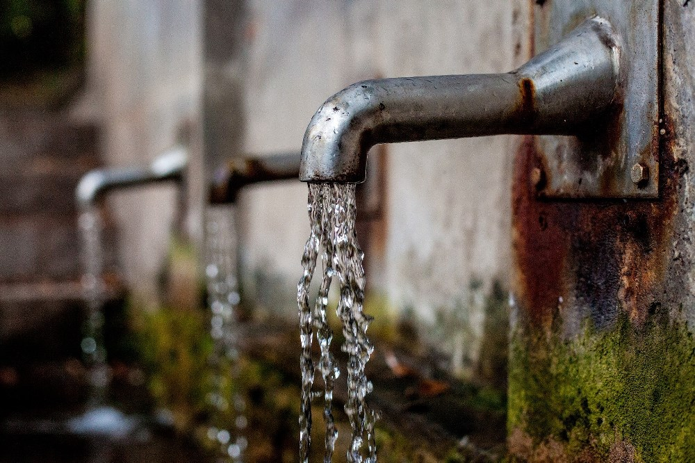 Protecting the Planet - Pesticides leach into water