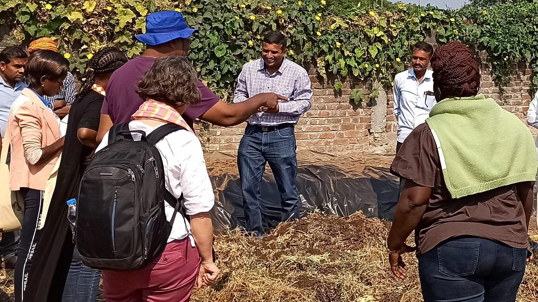 Meeting farmers and making compost. Credit: Atalo Belay, PAN Ethiopia